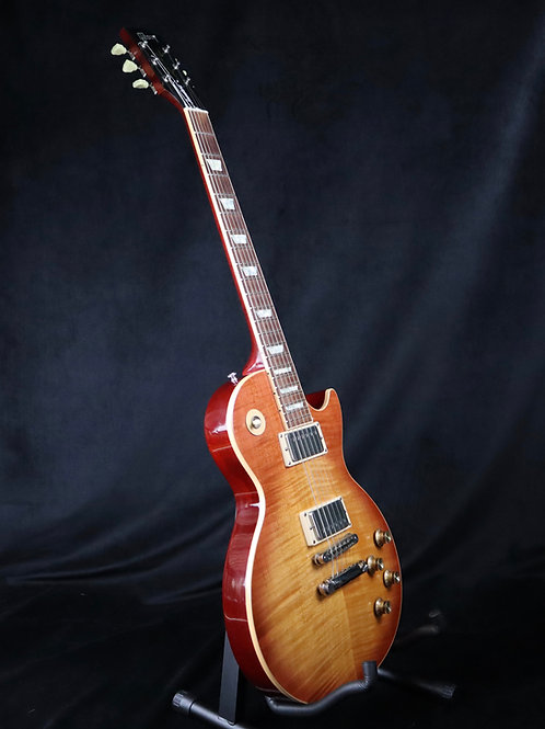 SOLD - 2005 Gibson Les Paul Standard Plus - Honeyburst
