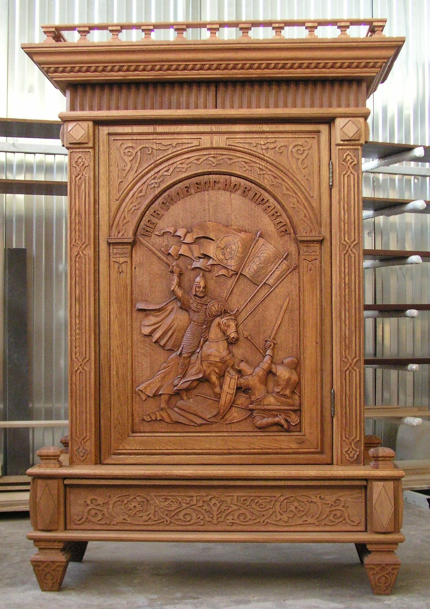 Шкаф для коллекций  А.Невский ШС