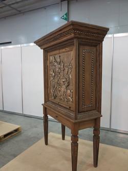 Шкаф для коллекций А.Невский 3