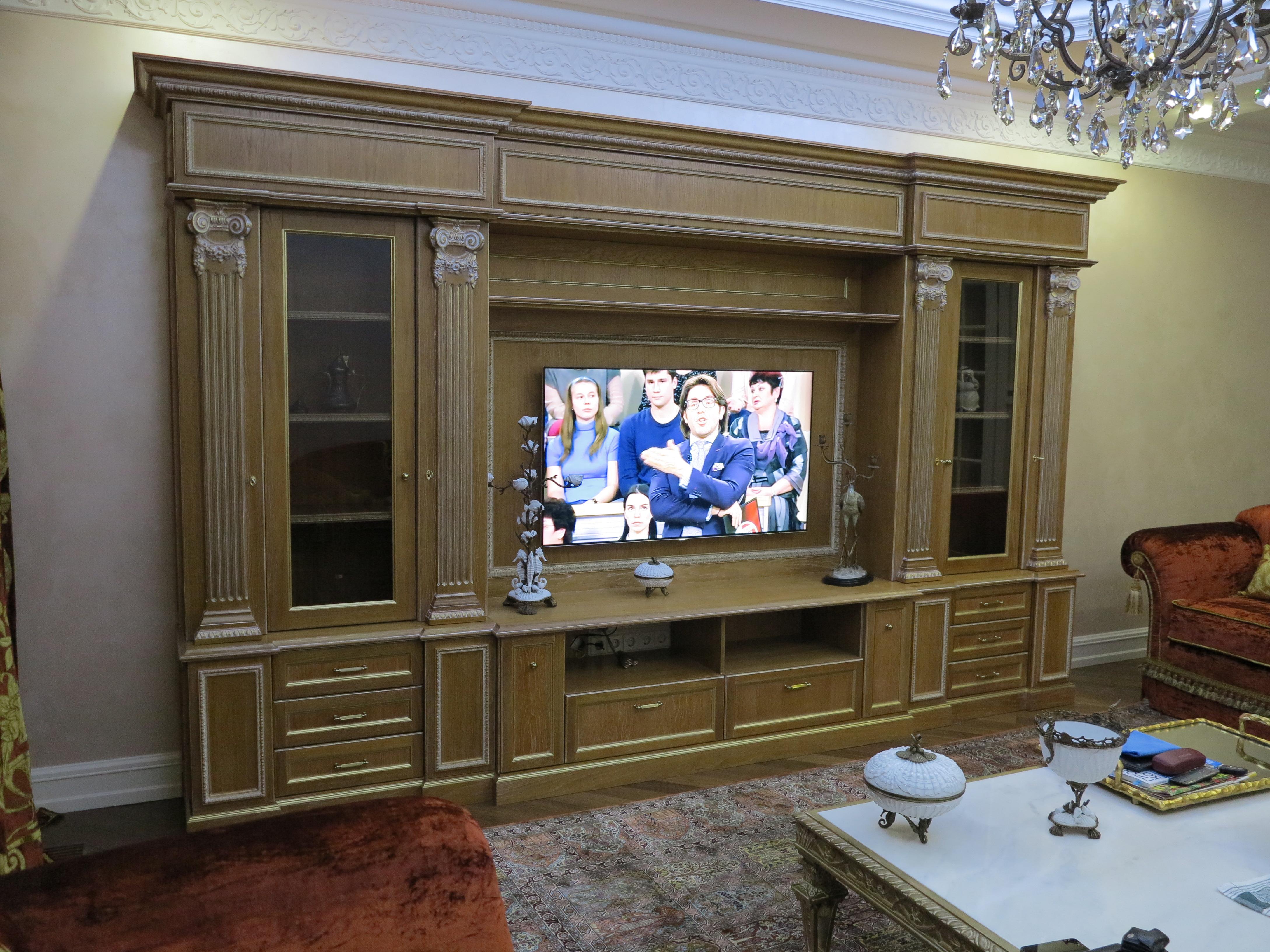 Классич Мебель для ТВ Венеция ВЛЮ