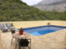 violeta pool (002).jpg