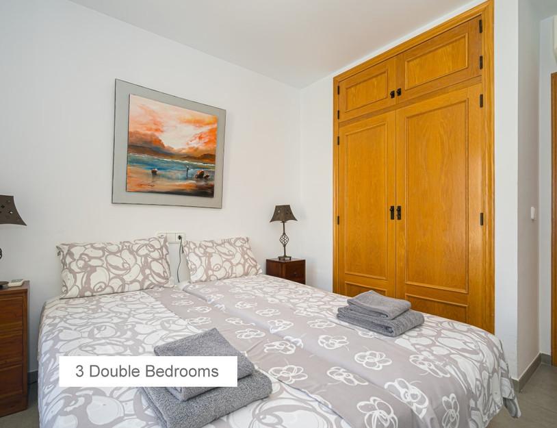 06 3 DOUBLE BEDROOMS.jpg