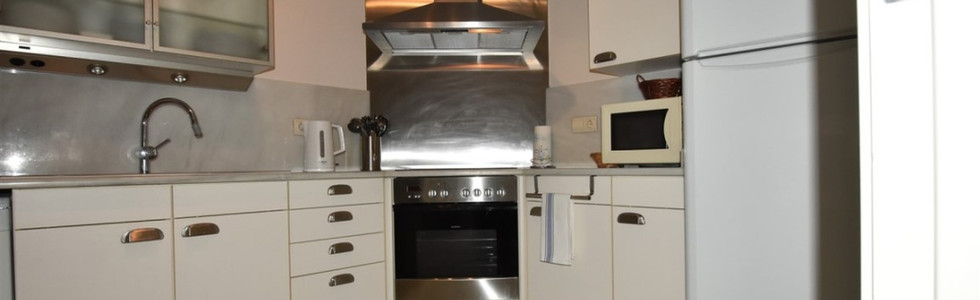 06 SIEMENS KITCHEN.jpg
