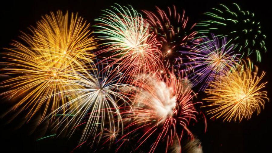 El Castell de L´Olla, Fireworks in Altea in honor of San Lorenzo