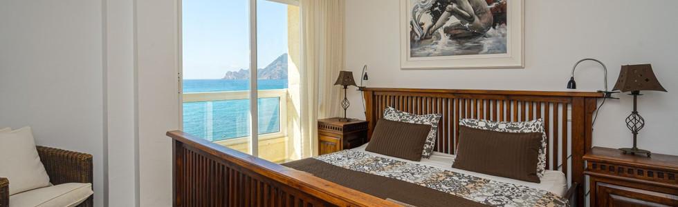 05 BEDROOM WITH SEA VIEWS.jpg