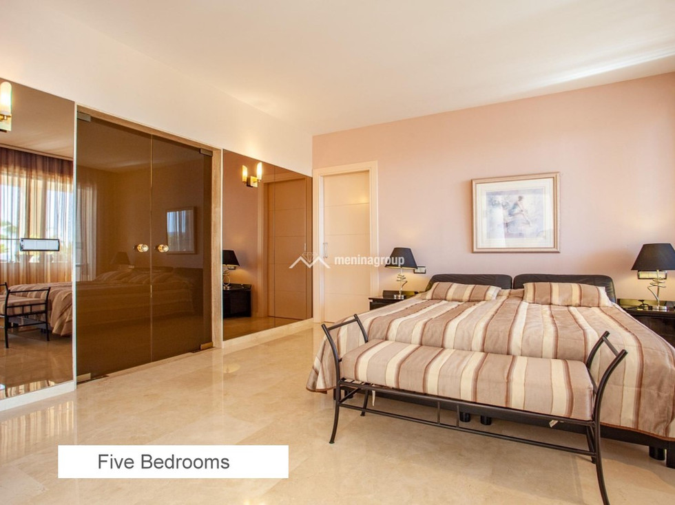 09 FIVE BEDROOMS.jpg
