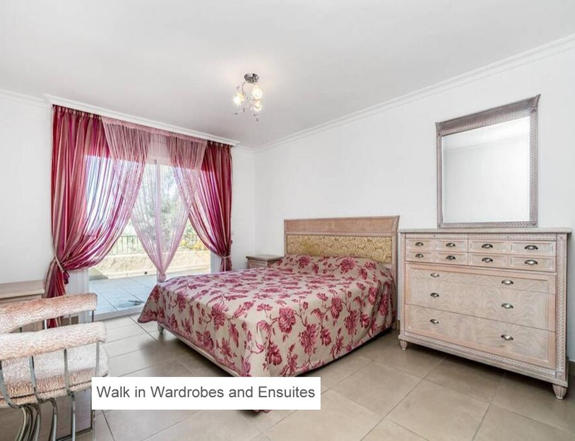 10 WALK IN WARDROBES AND ENSUITES.jpg