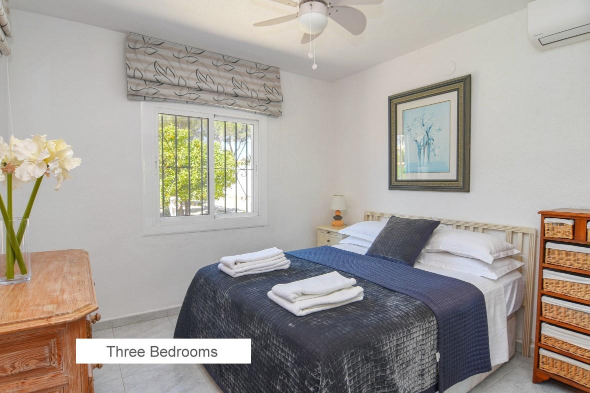 09 3 Bedrooms.jpg