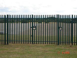 steel-palisade-fencing-01.jpg