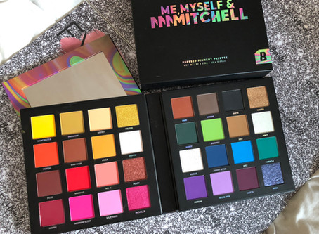 Review: Me, Myself & Mmmmitchell Pressed Pigment Palette