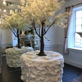 6.5 ft white blossom tree