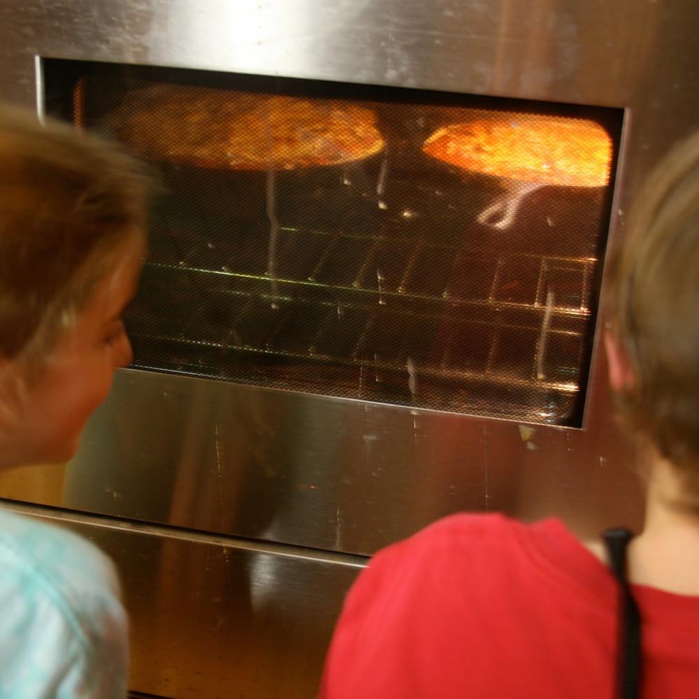 Watching Deep Dish Bake at Hickory Hill
