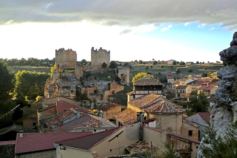 Vista aérea Castillo e Iglesia