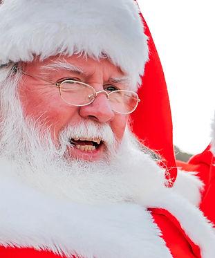 2_EM_Santa_TheGivingSack_1080x1920.jpg