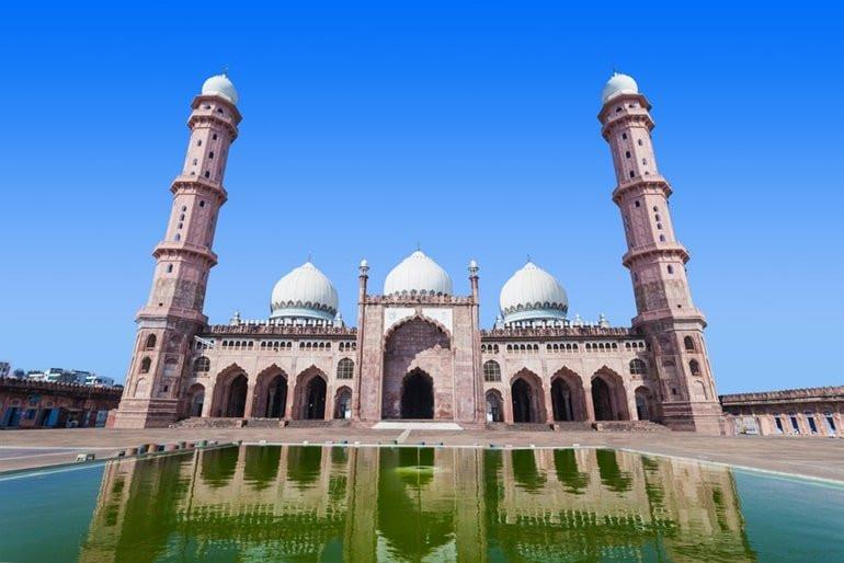 Taj-ul-masjid is the most beautiful mosque near Bhopal
