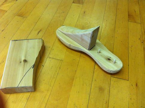 Building wooden lasts