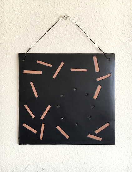 Confetti Wall Mount in Matte Black