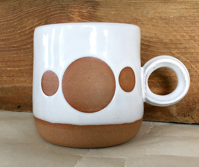 Three Moons Mug with Round Handle