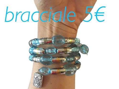 bracciale spirale con perle in resina color acqua marina