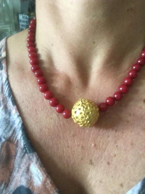 Collana girocollo  agata rossa e pallina di zama