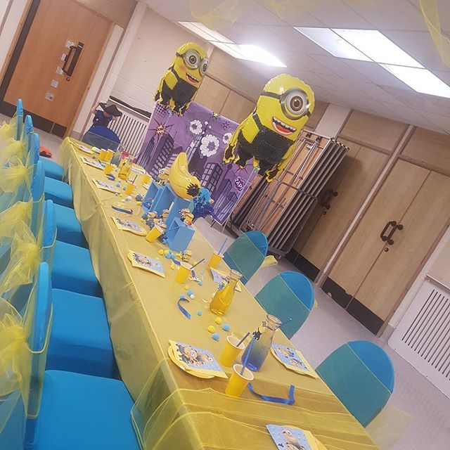 #MinionParty #Bananas #BouncyCastle #mascotmadnessentertainment #Gamesgalore #HappyBirthdayBoy
