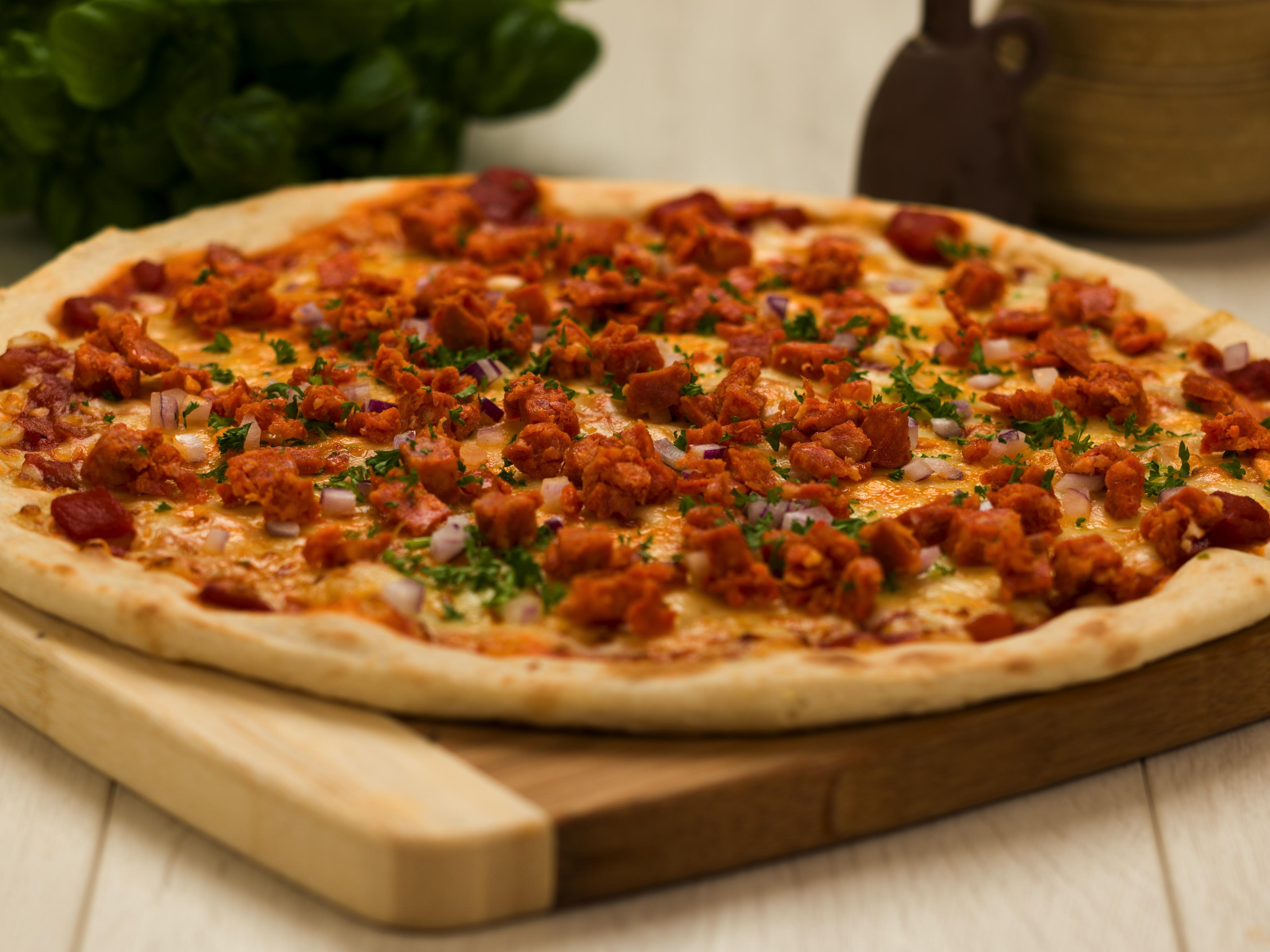 Chunky Pepperoni Pizza