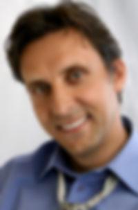 Dr. Hagen Knothe
