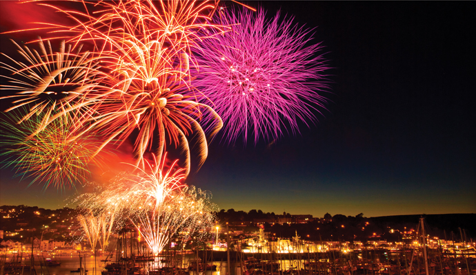 Dartmouth-Regatta-Fireworks