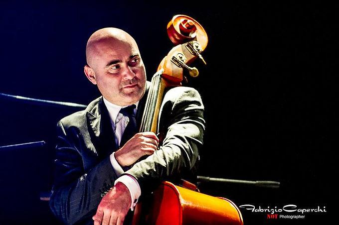 Renato Gattone - Musicista e contrabbassista