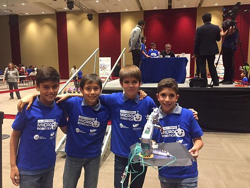 Taller y torneo de Micro Robótica.jpeg