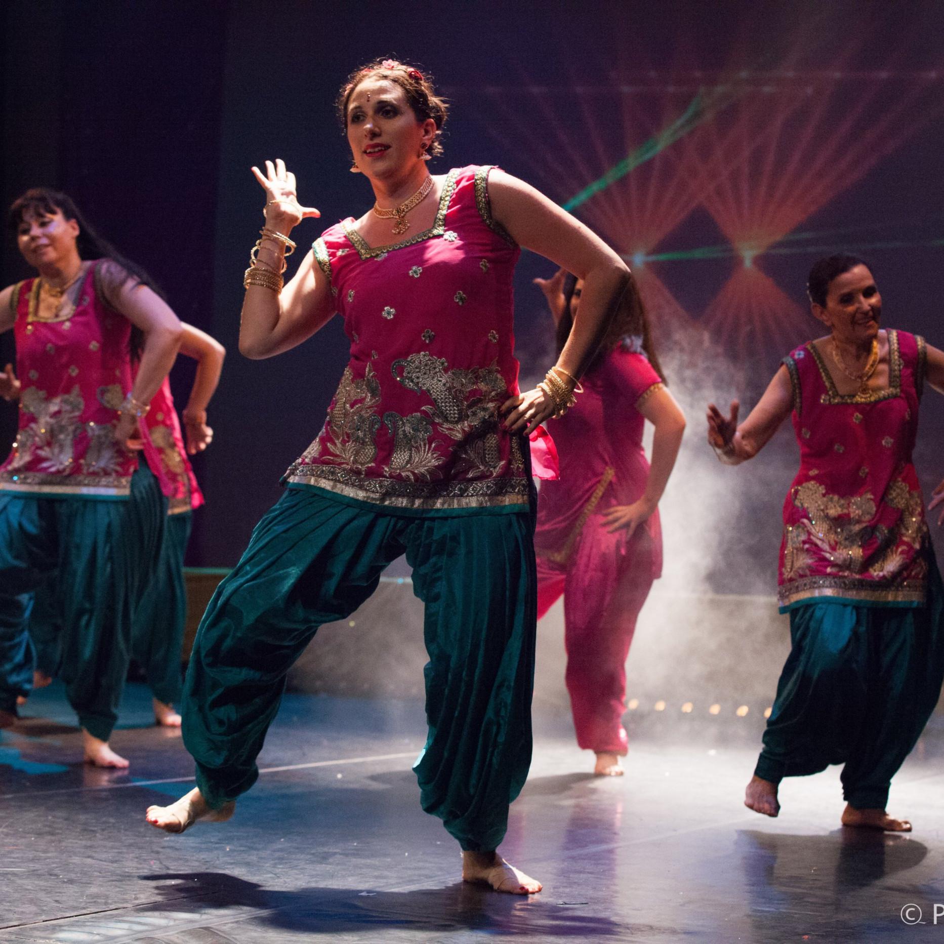 Cours Bollywood     Débutant