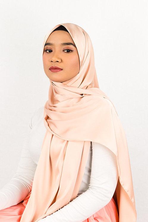 Silk Satin Tassel Shawl in Frothy Peach