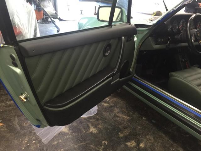Porsche 911 door panel