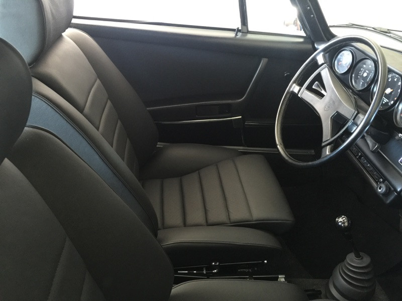 Porsche 911 s coupe
