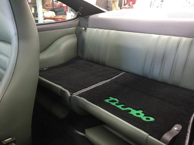 Porsche 911 seats restored