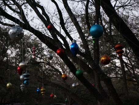 Christmas Lights In Rollingwood & Las Lomas