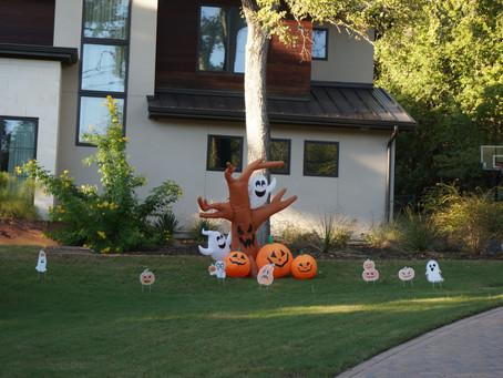 Happiest Halloween Yard