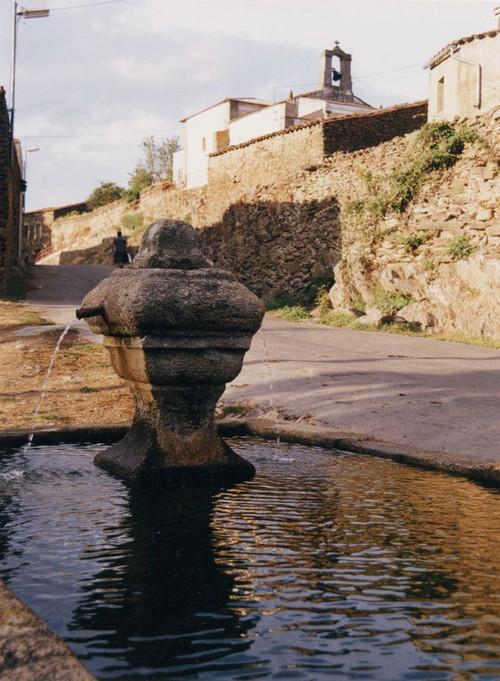 Caño y ermita