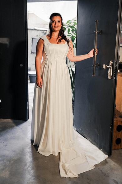 Plus-size-wedding-dress_Avigail-3.jpg
