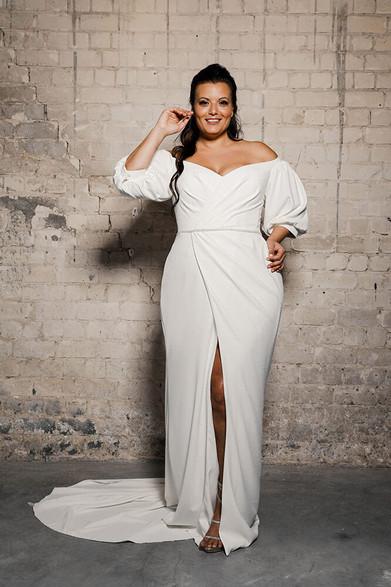 Plus-size-wedding-dress_Kim-4.jpg