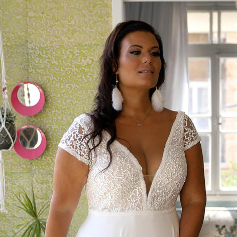 Plus-size-wedding-gown_Mae-with-sleeves-