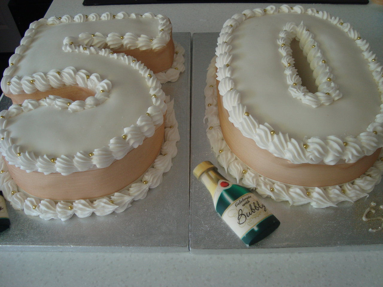 Wix Corinnescakesoxford Created By Cakes0 Based On Sweet Biz