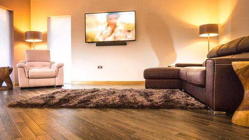 Lounge TV & lazyboy