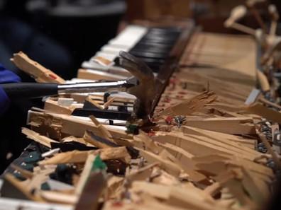 Композиторы Halo Infinite разломали пианино для записи звуковых эффектов