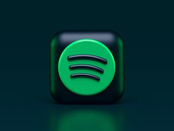 Spotify удалили ряд своих подкастов с конкурирующих платформ.