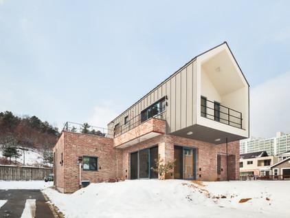Hagi-dong House