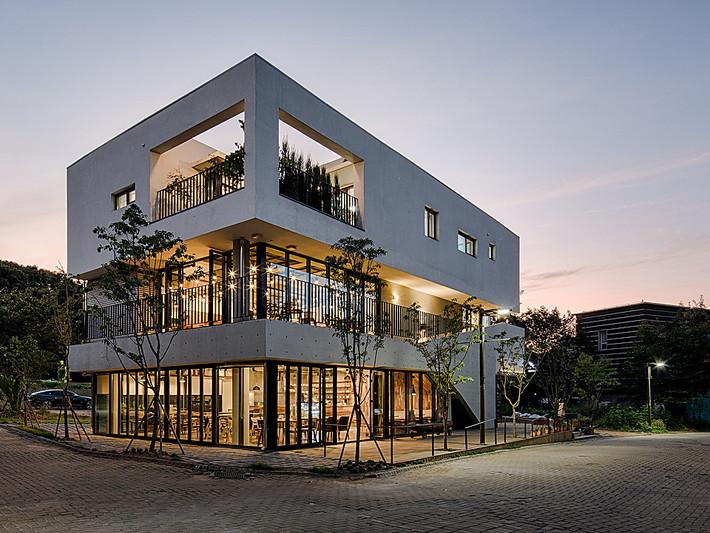 Heyri retail building