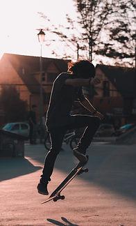 the edge of adventure Skatebording_ifef.