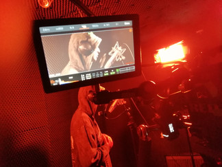 Yeezie, Gutter    Music Video