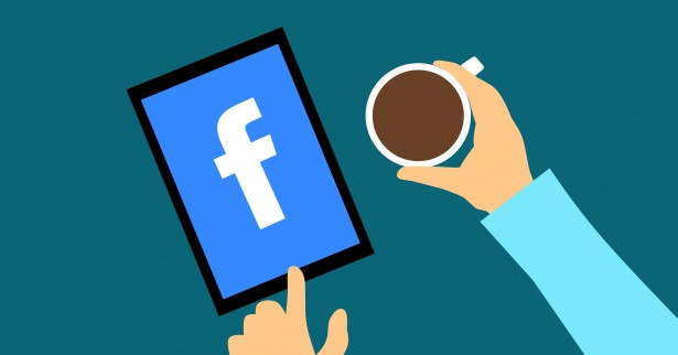 Defining targets with Facebook Audience Insight and Ad Library
